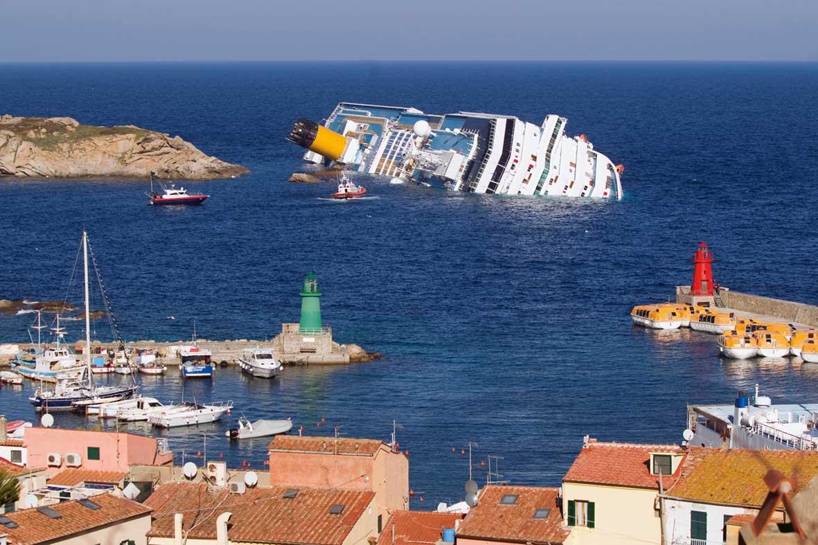 nave costa concordia naufragio 1 1