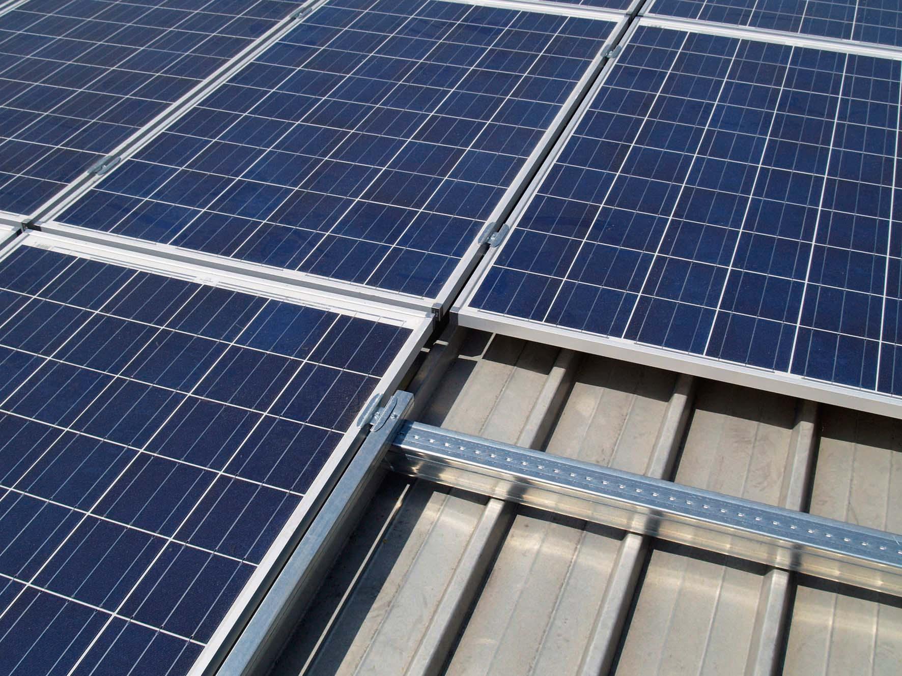Metalsistem inauguazione impianto fotovoltaico stabilimento dettaglio pannello