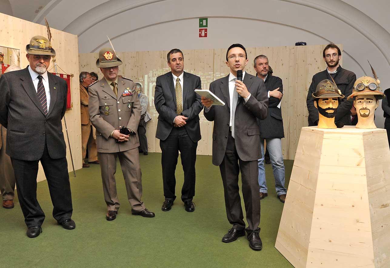 PAB mostra alpini chrisian tommasini sindaco bolzano luigi spagnolli