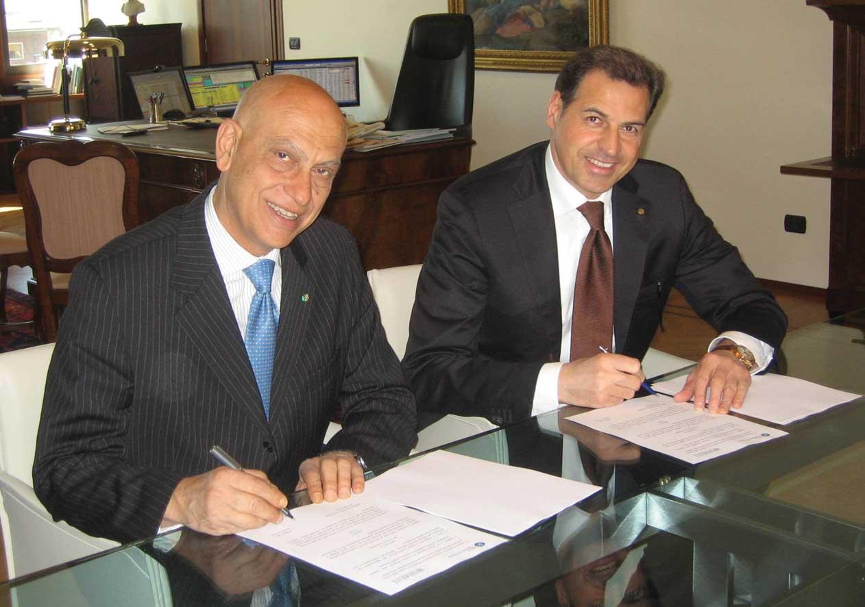 Da sinistra Massimo D'Aiuto Amministratore Delegato di SIMEST e Samuele Sorato Direttore Generale di Banca Popolare di Vicenza