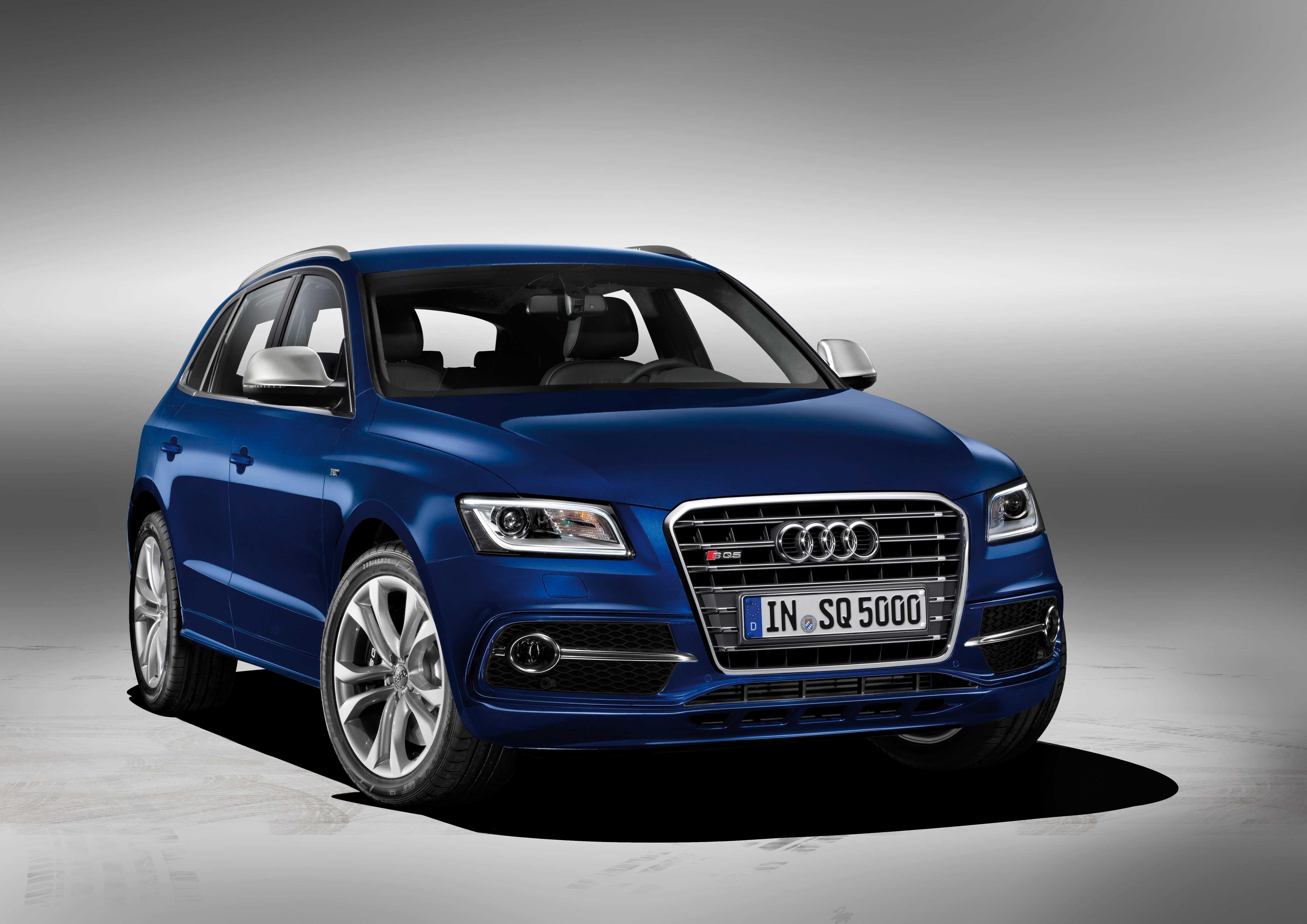 Audi 2012 Q5 versione S TDI V6 3.0 litri 313 Cv frontlat 1