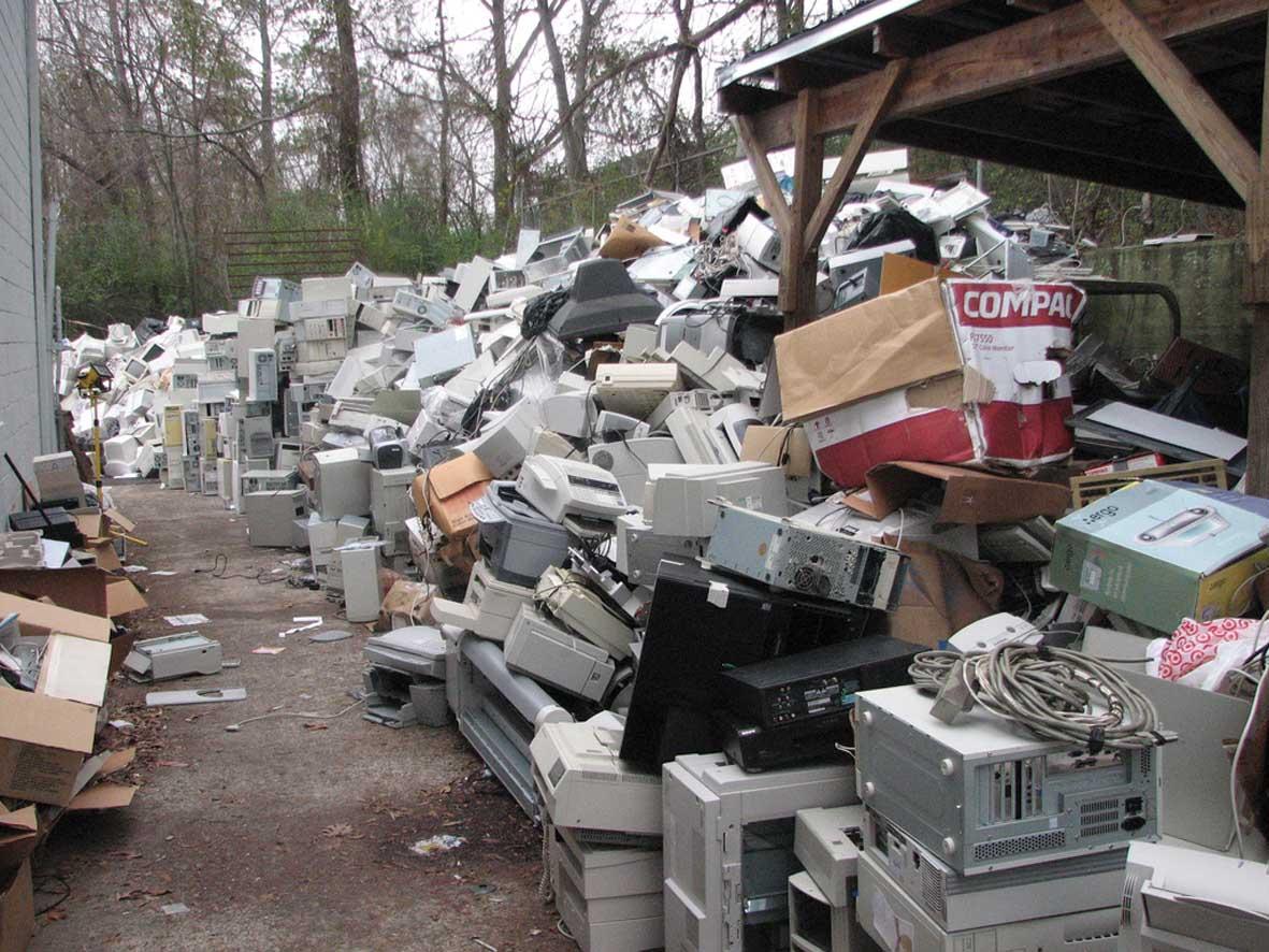 rifiuti raee elettronici e-waste 1 1