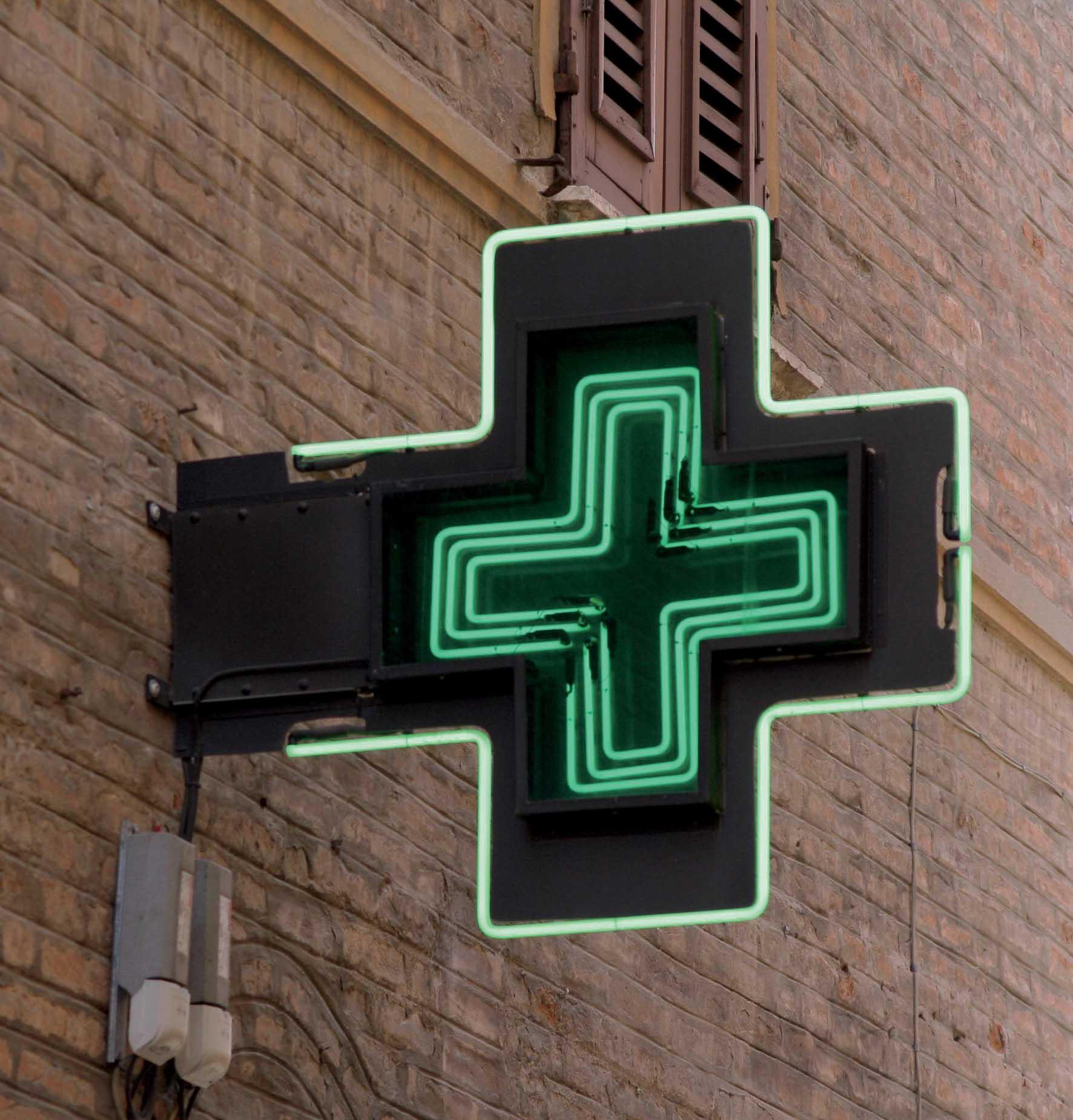 farmacia insegna croce verde 1