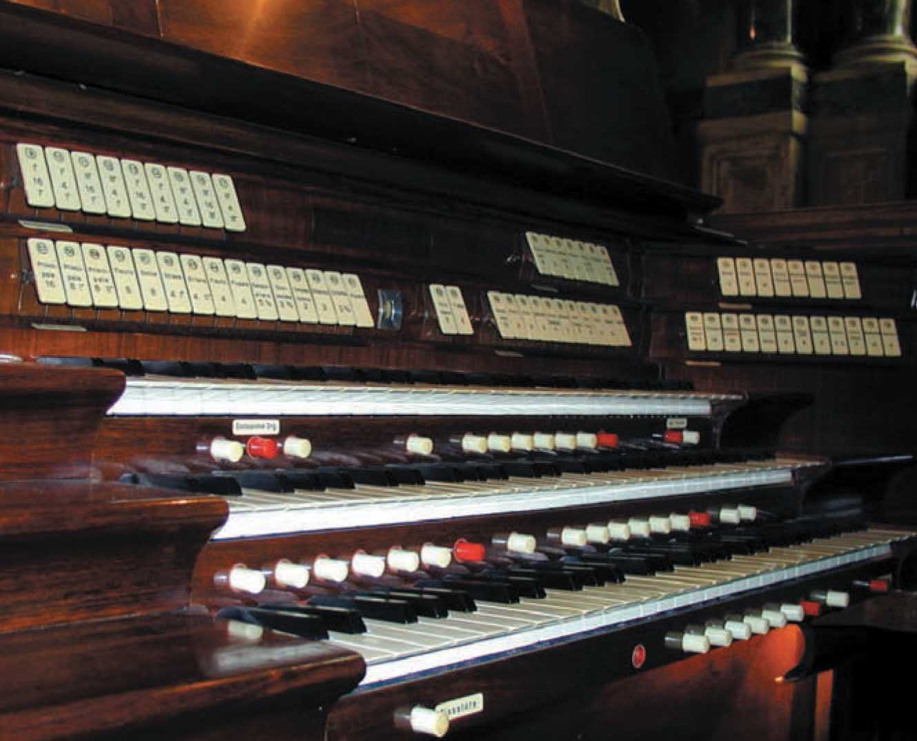 organo tastiera 1