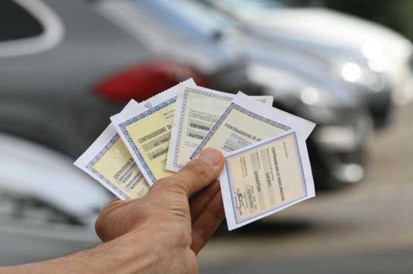 contrassegni assicurazione rc auto 1
