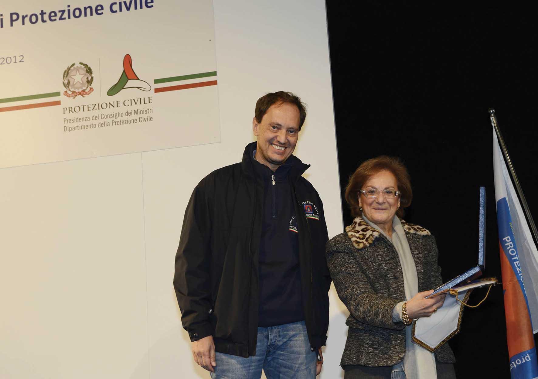 FVG festa protezione civile Pordenone 2012 Luca Ciriani con prefetto Garufi infofile 1