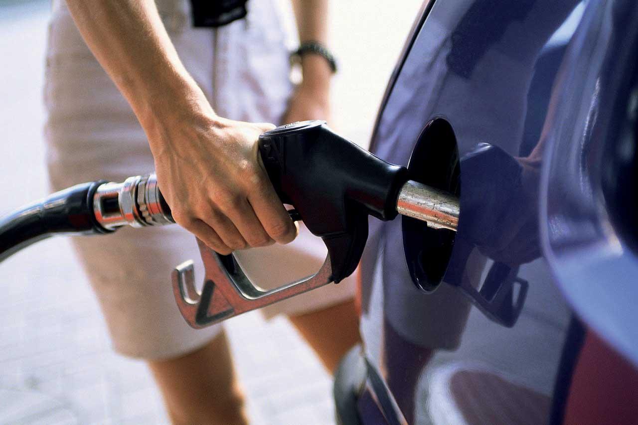 carburanti pompa gasolio diesel