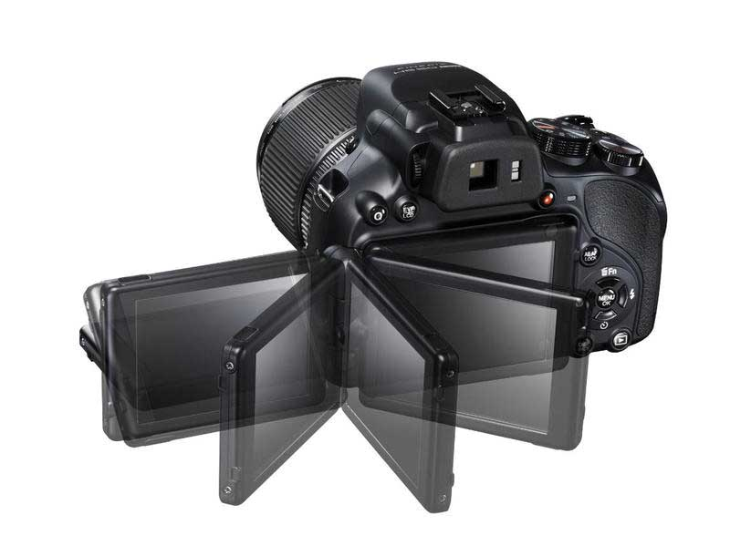 fujifilm HS50 schermo lcd orientabile 1
