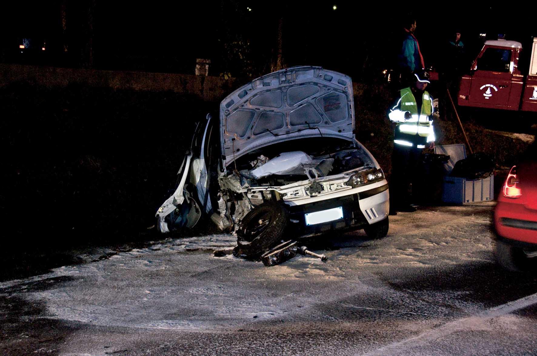 Ravina trento incidente stradale