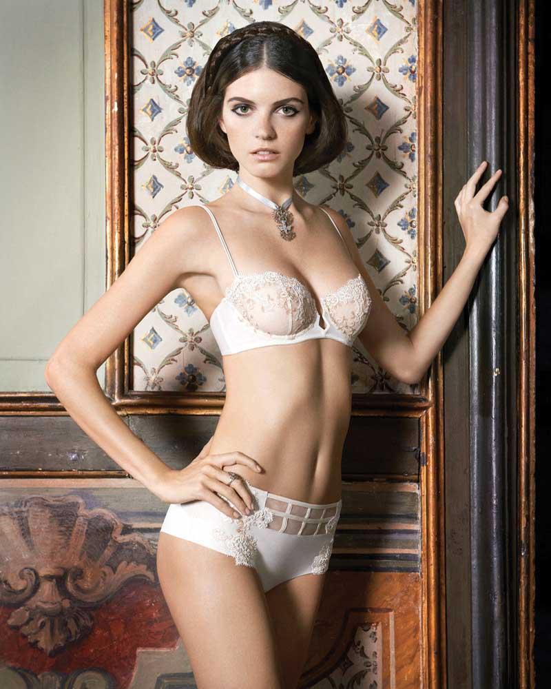 jeisa-chiminazzo-la-perla-lingerie-2013