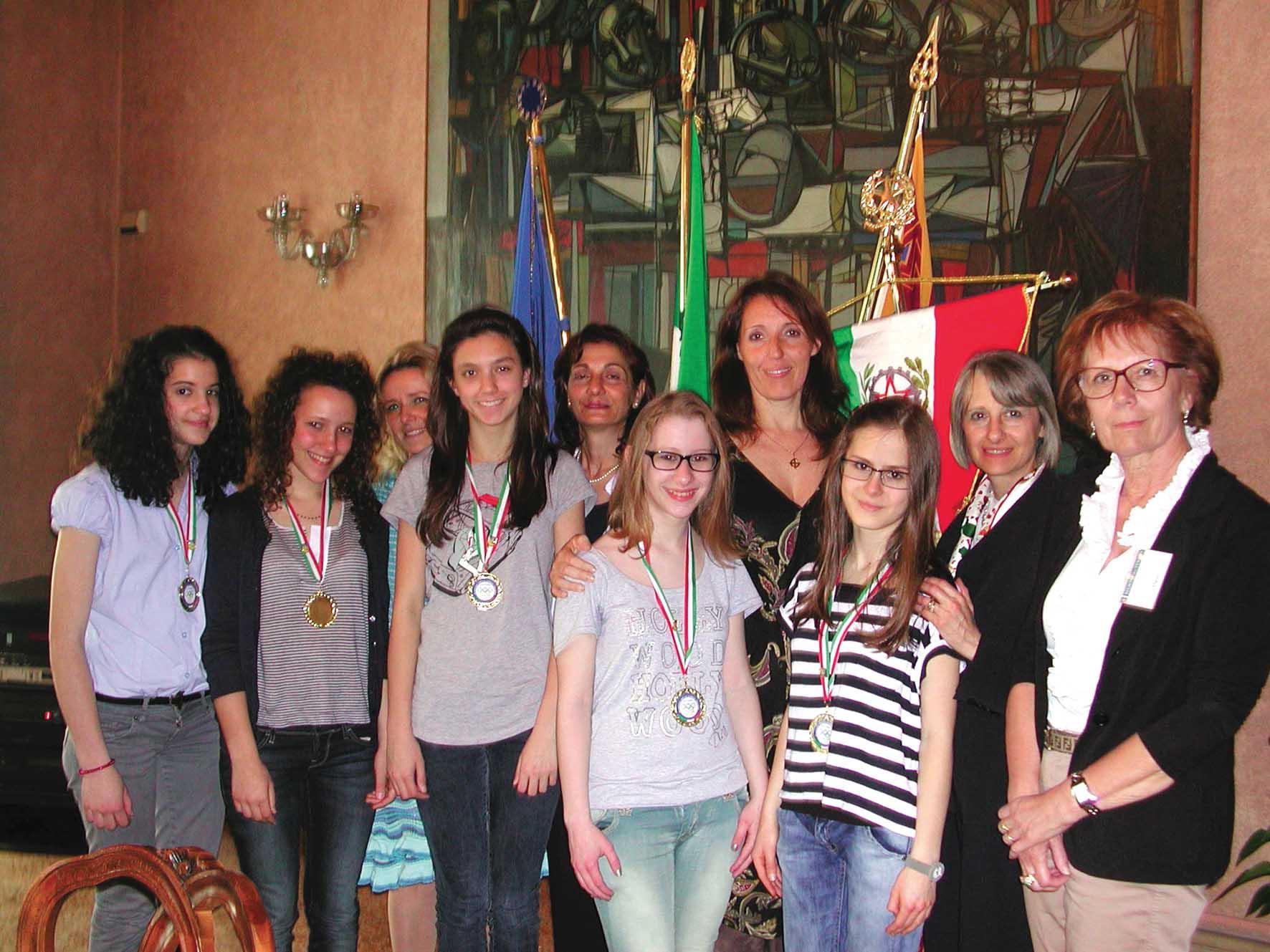 assessore donazzan incontra a venezia studenti istituto comprensivo di trissino vincitrici Olimpiadi Lingua Italiana 1