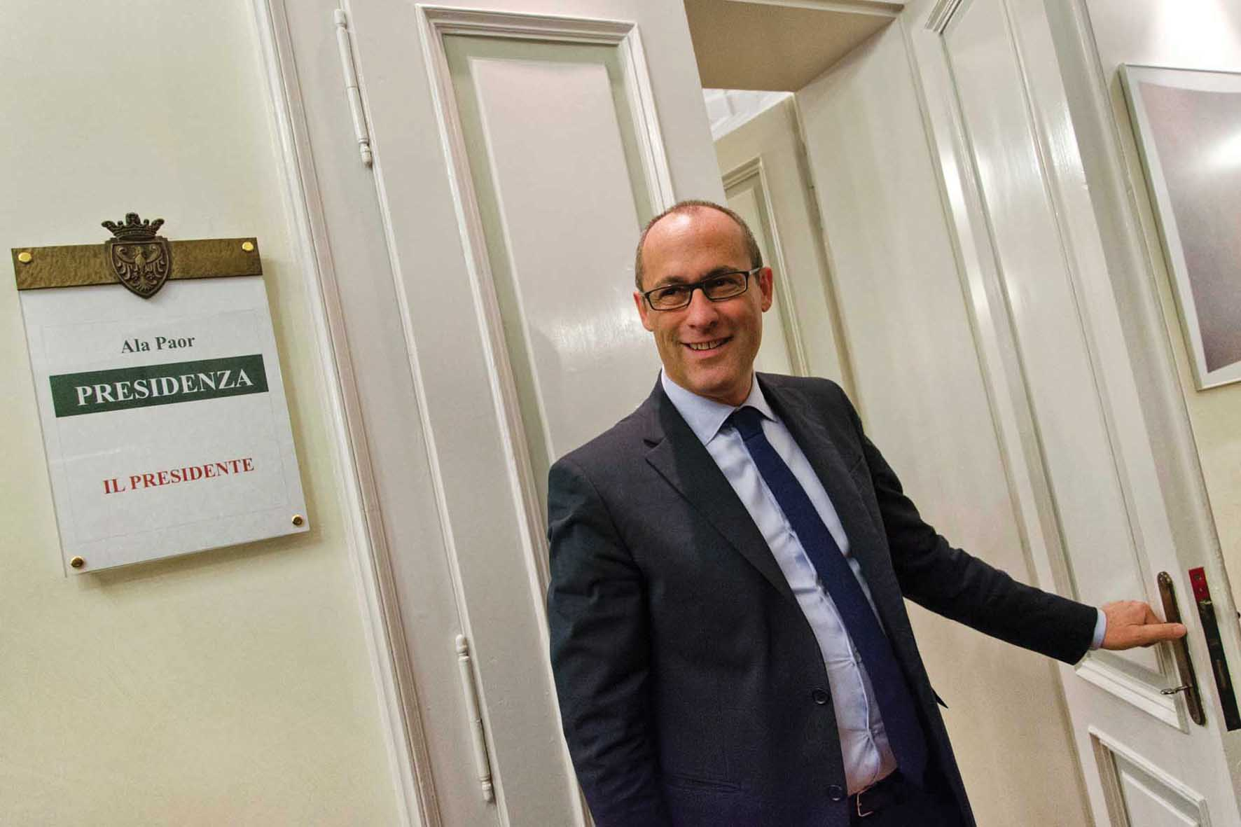 PAT Ugo Rossi ufficio presidente 2 1