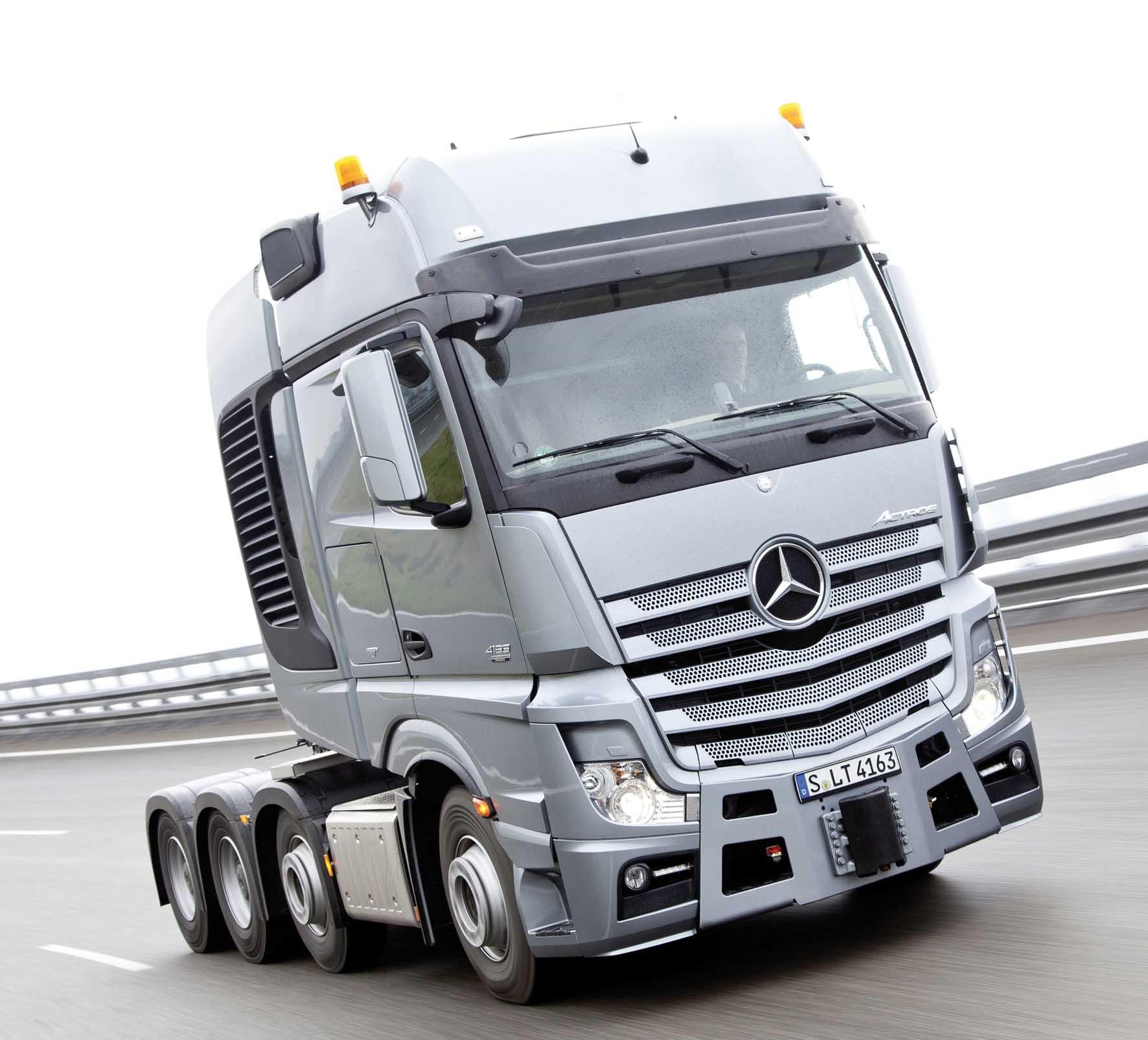 Mercedes truck Actros SLT 1