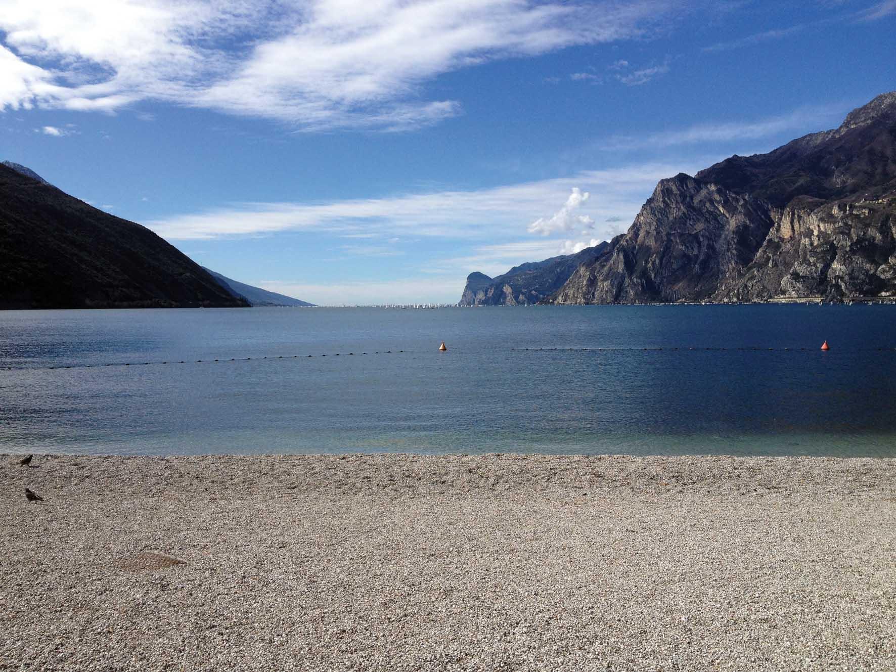 lago di garda torbole spiaggia 1