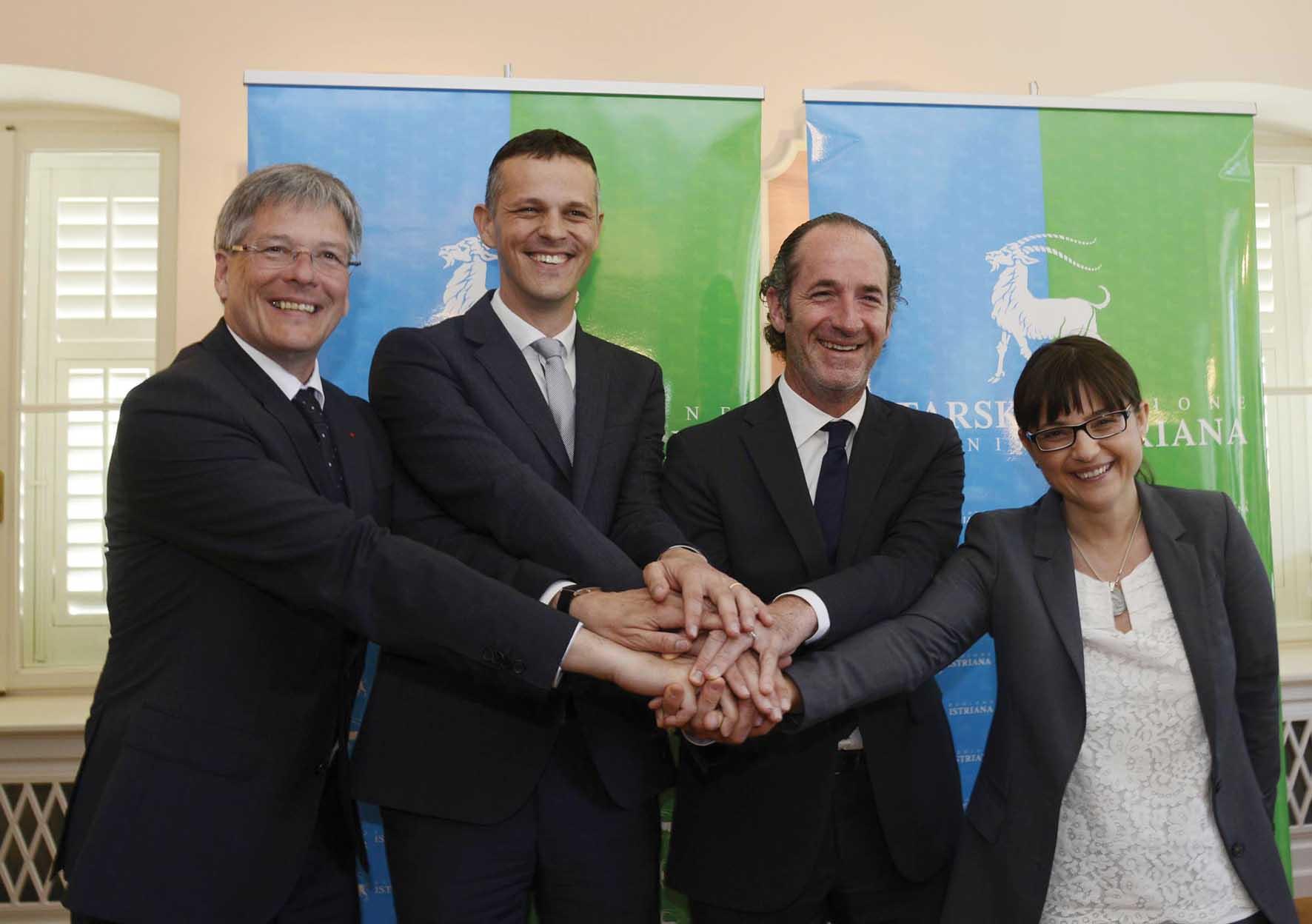 3 assemblea euregio senza confini Peter Kaiser Land Carinzia Valter Flego Regione Istriana Luca Zaia Debora Serracchiani 1
