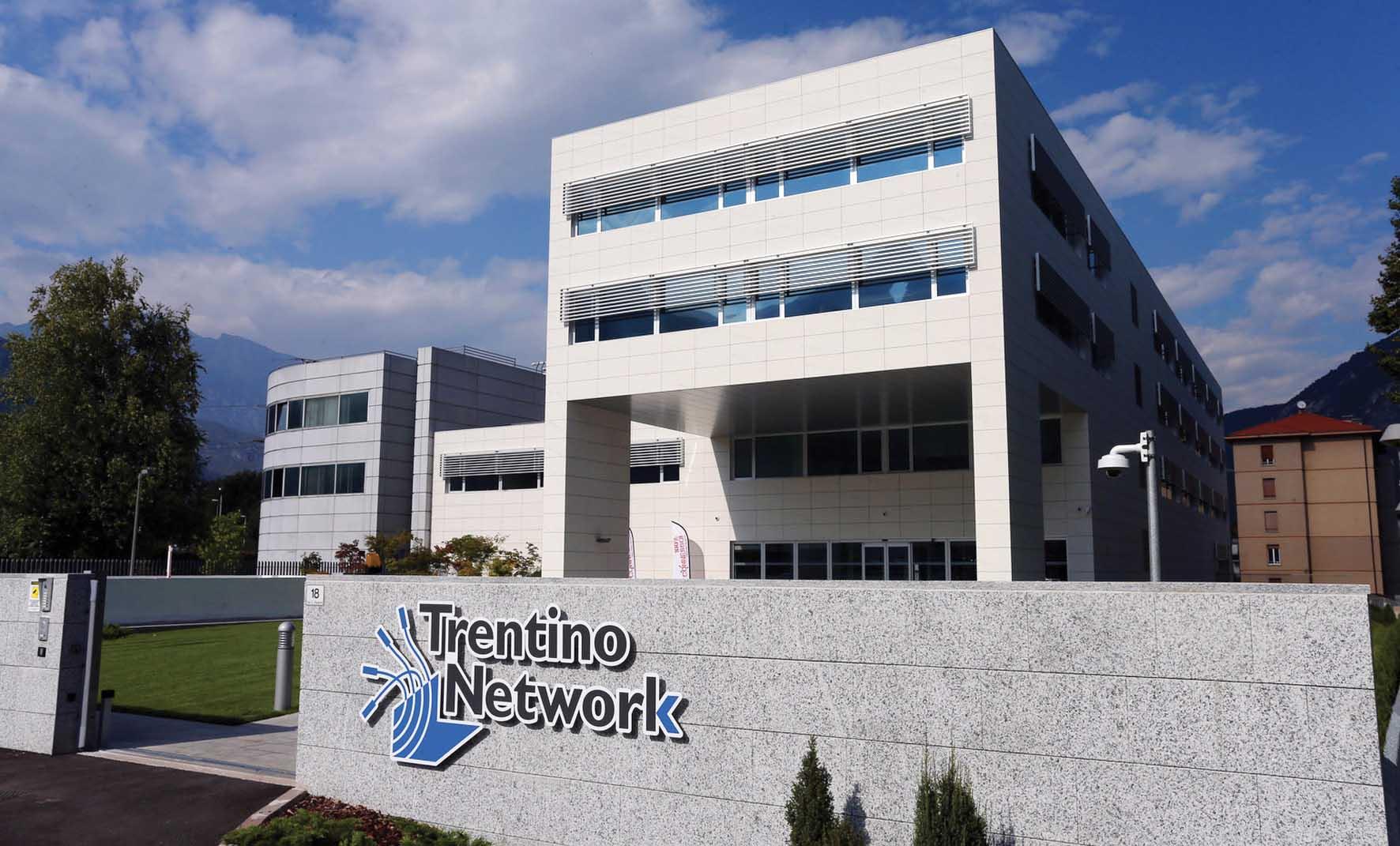 TRENTINO NETWORK-INUGURAZIONE SEDE 46689A 1