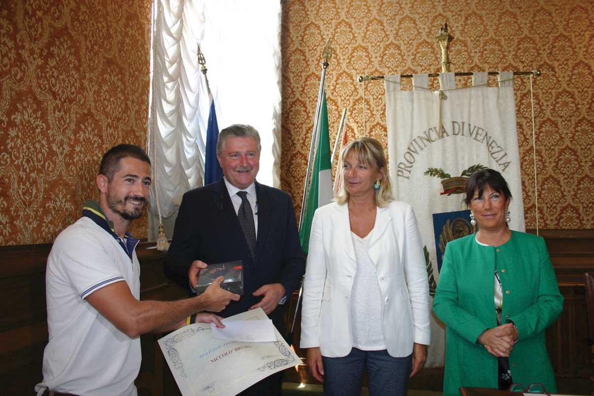 tabaccai premio a Niccolo Brussa Claudio Tessari Francesca Zaccariotto Maria Bonaldo FIT 1