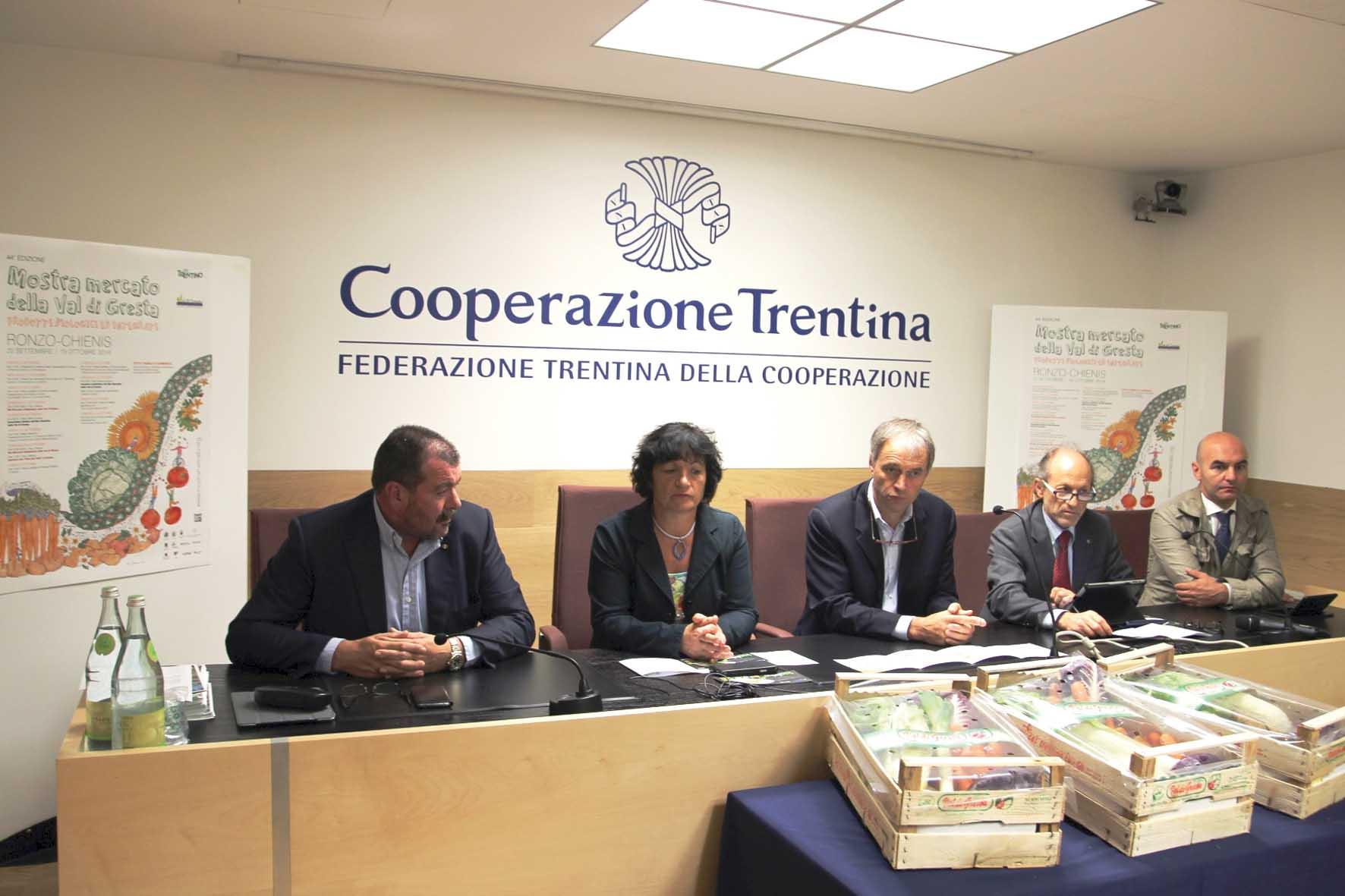 Un-momento-della-presentazione-da-sin-Luca-Rigotti-Vanda-Rosa-Roberto-Calliari-Mirko-Martinelli 1