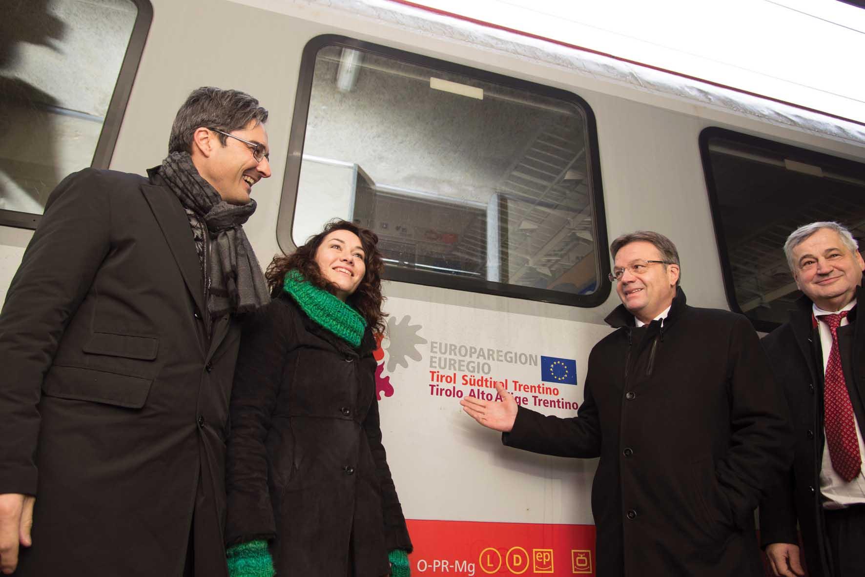 euregio tirolese ferroviaria i presidenti Kompatscher Platter con gli assessori Felipe e Mussner