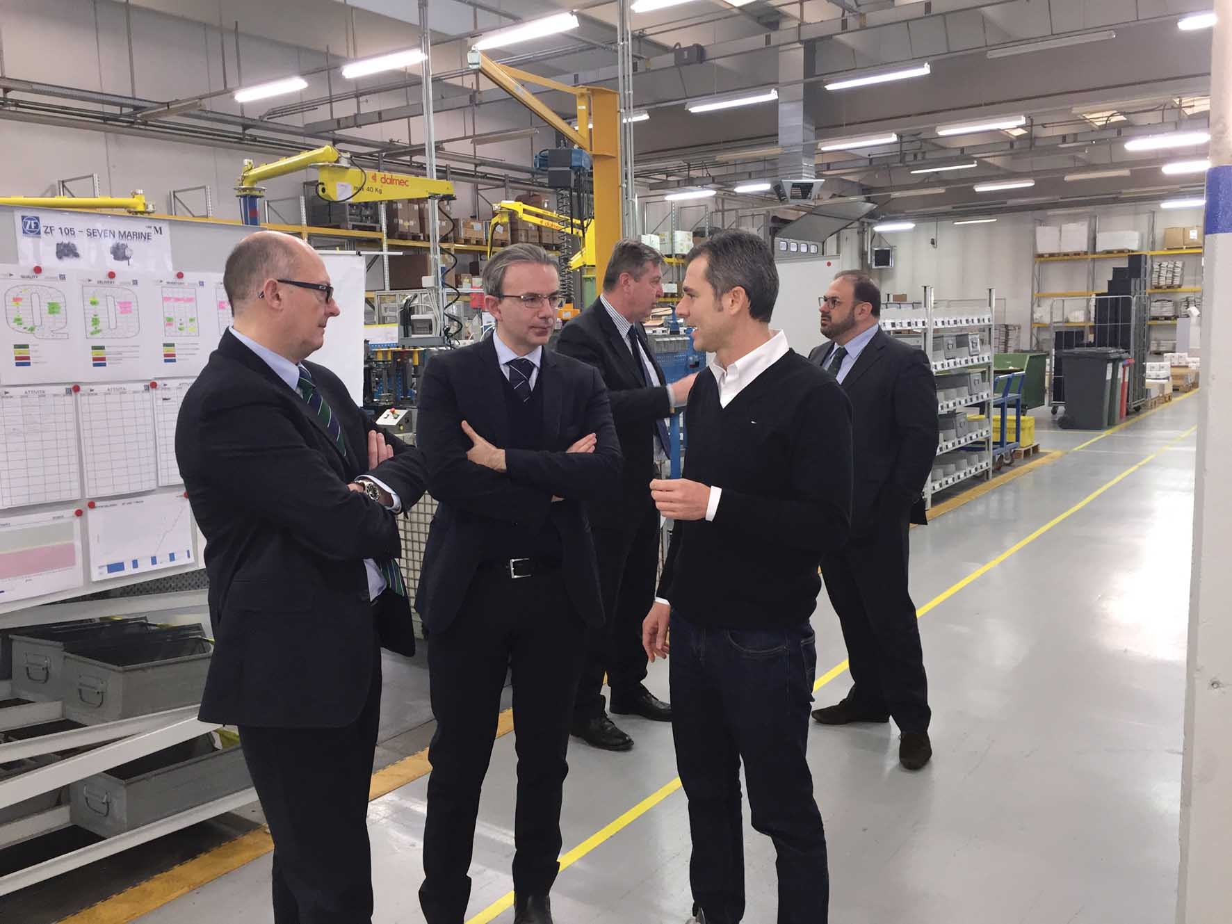confindustria tn da sx Roberto Busato e Stefano Franchi DG federmeccanica in secondo piano a destra Alessandro Benedetti 1
