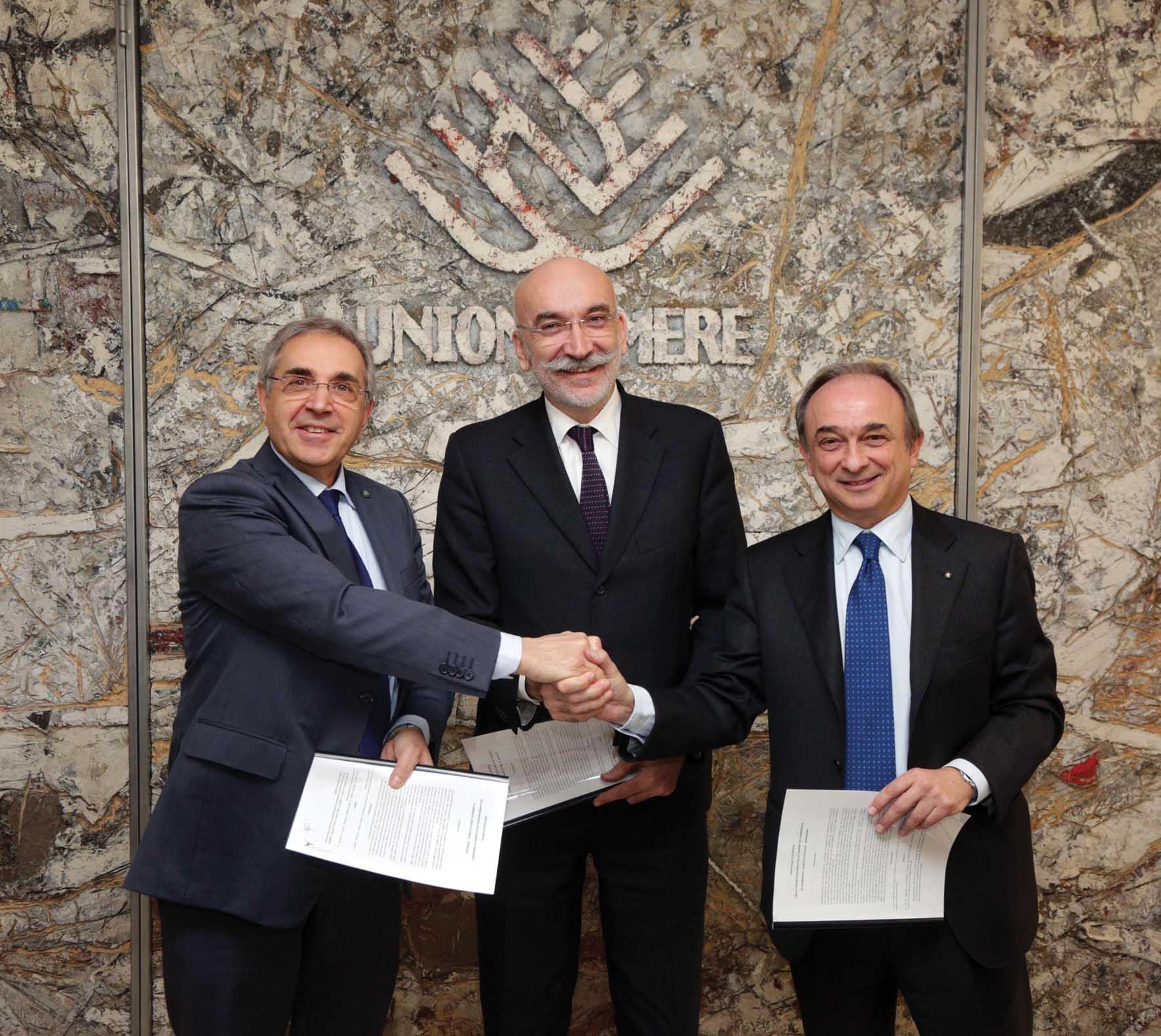 Unioncamere firma a bologna accordo collaborazione Cciaa Veneto Lombardia Emilia Romagna Fernando Zilio Maurizio Torreggiani Gian DOmenico Auricchio 2 1