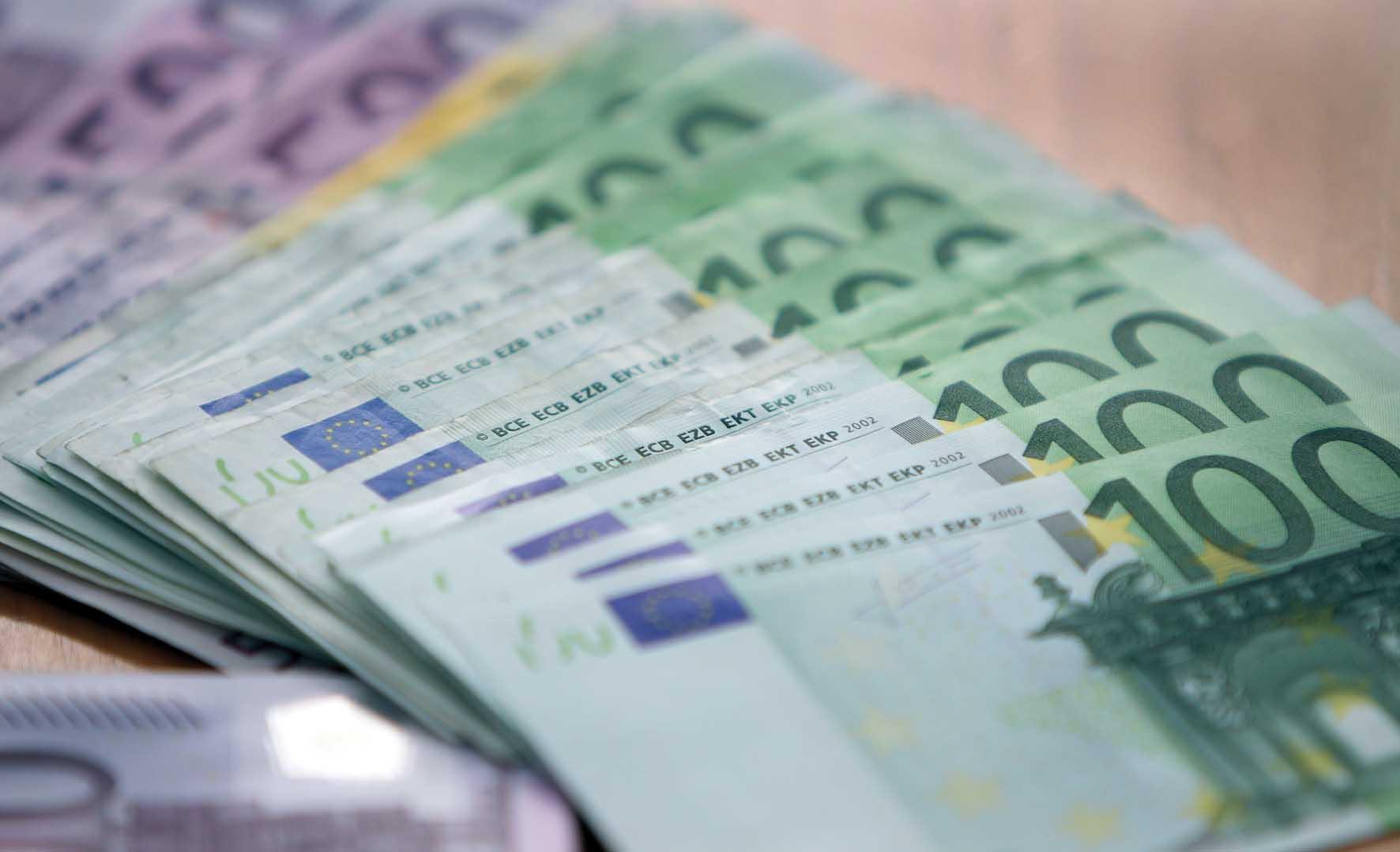 soldi euro biglietti B 1
