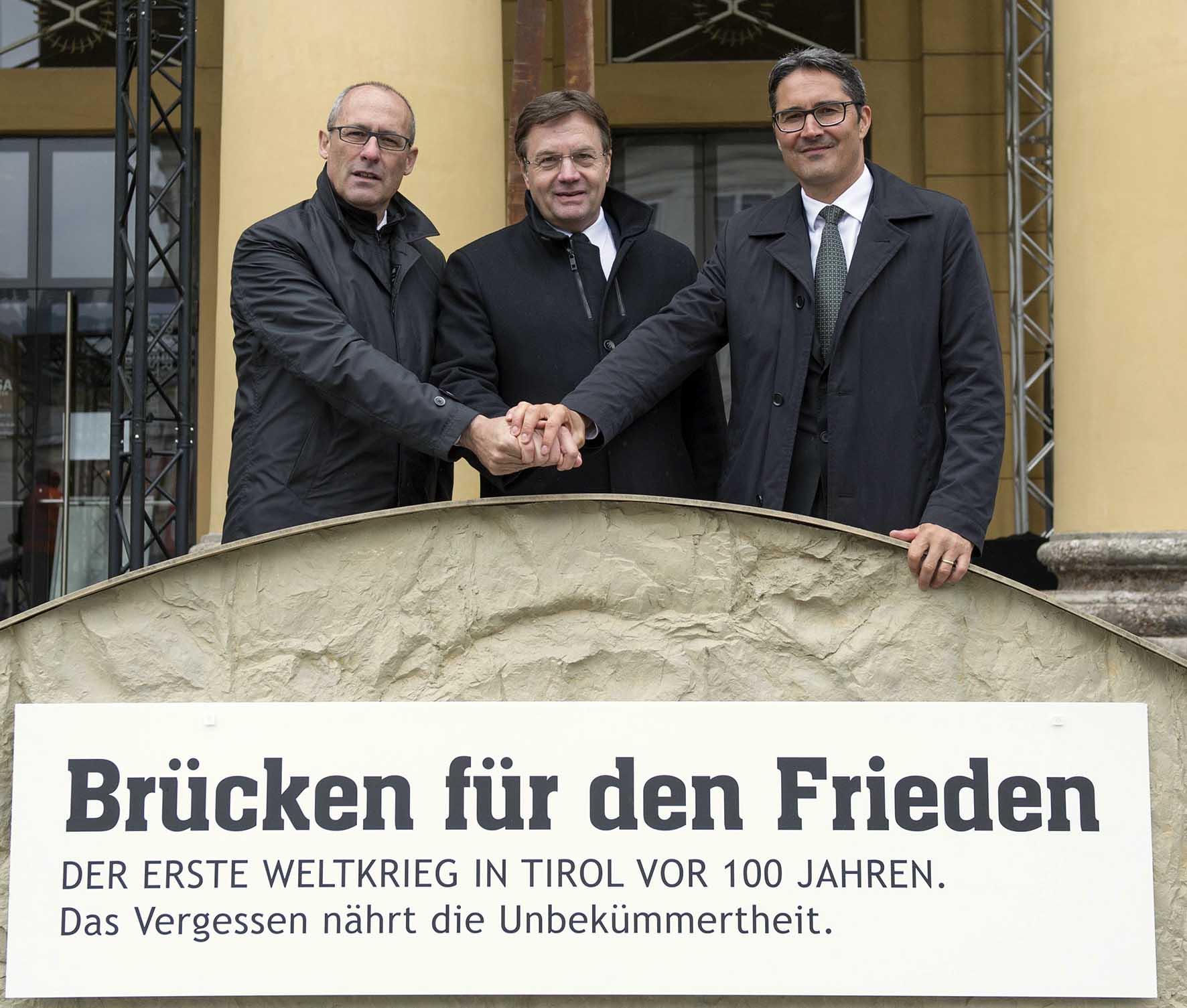 Innsbruck ponte dell amicizia20Ugo20Rossi2C20GFCnther20Platter20e20Arno20Kompatscher