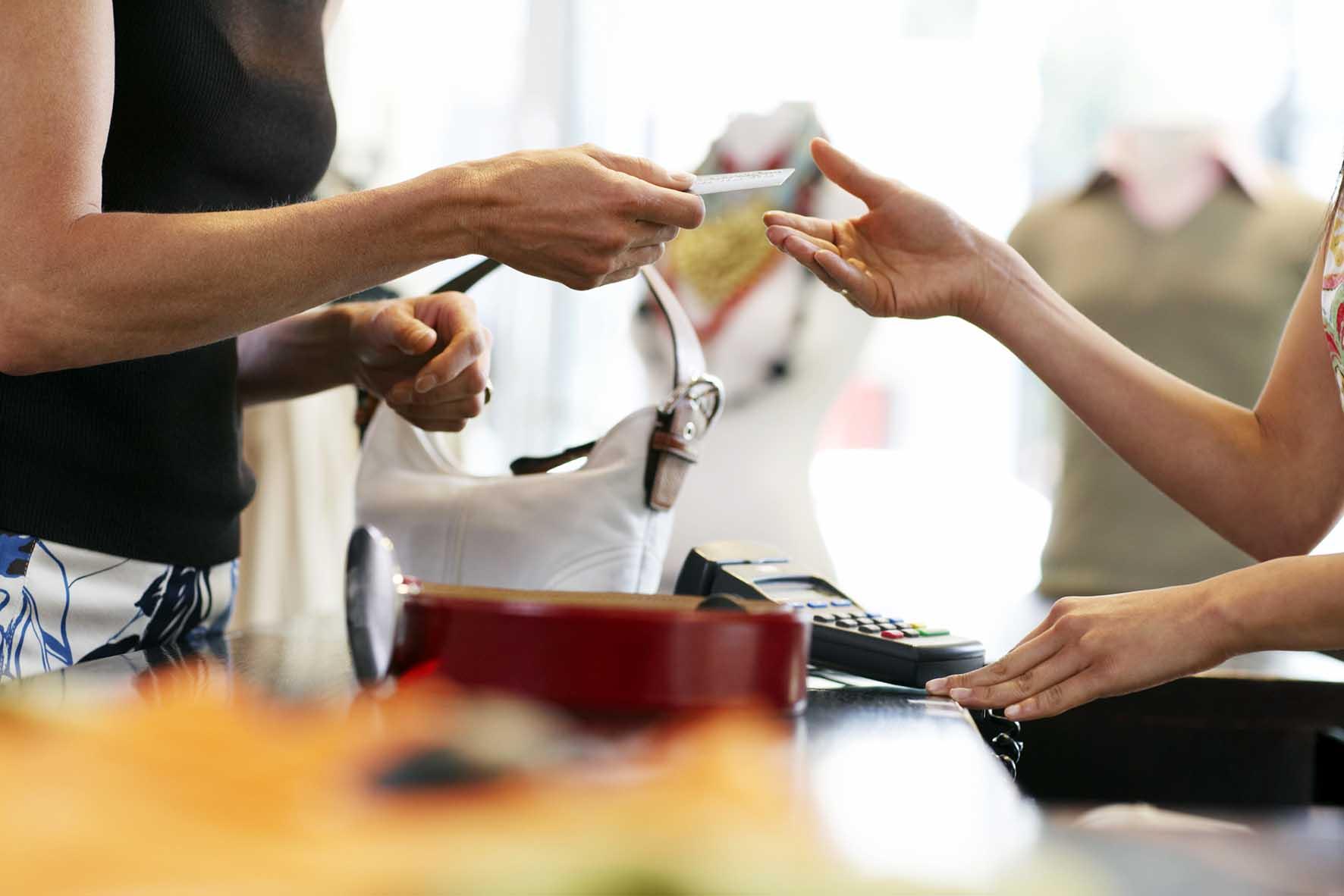 ristorno consumi e ristorazione a picco consumi consumatori pagamento elettronico