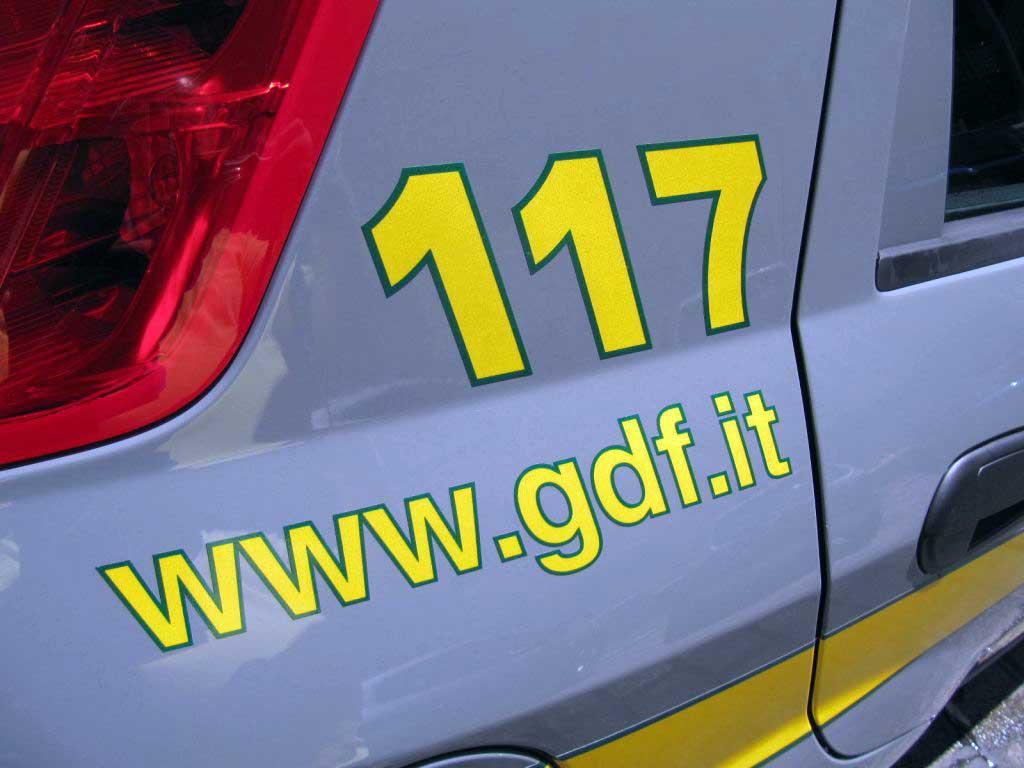 guardia di finanza 117 auto