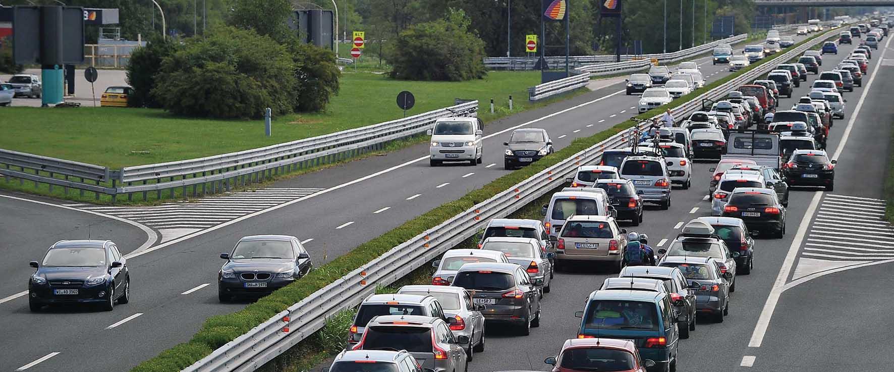 A4 Autovie venete incolonnamenti da traffico DaUdineNordAUdineSud