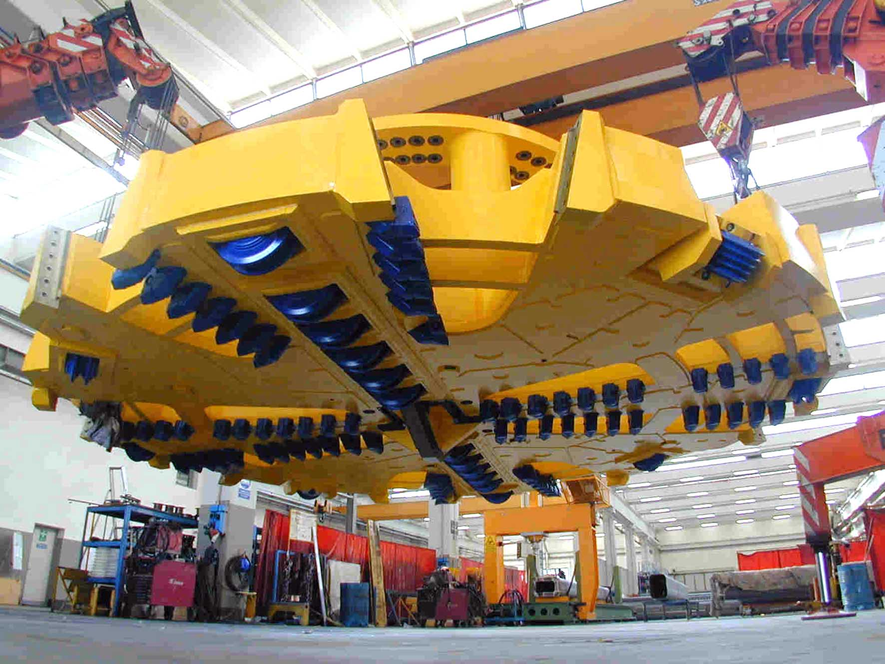 CMA Musslente industria meccanica testa fresa circolare gallerie