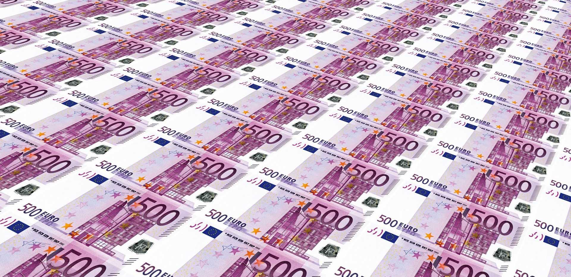 denaro soldi biglietto 500 euro tappeto foglio stampa
