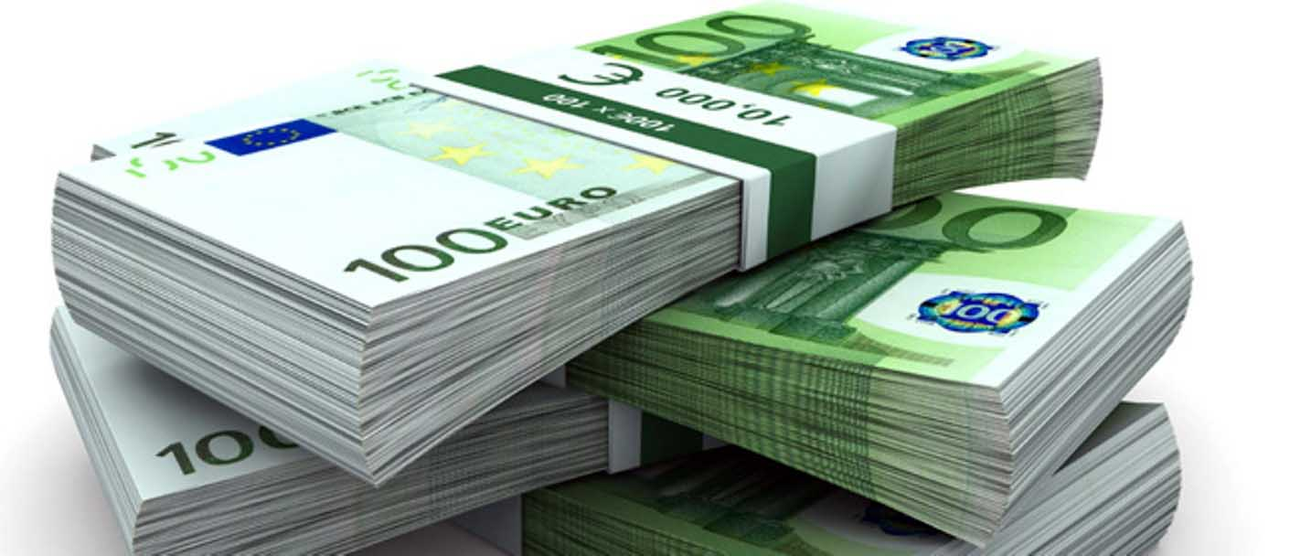 euro soldi mazzette biglietti 100 bis