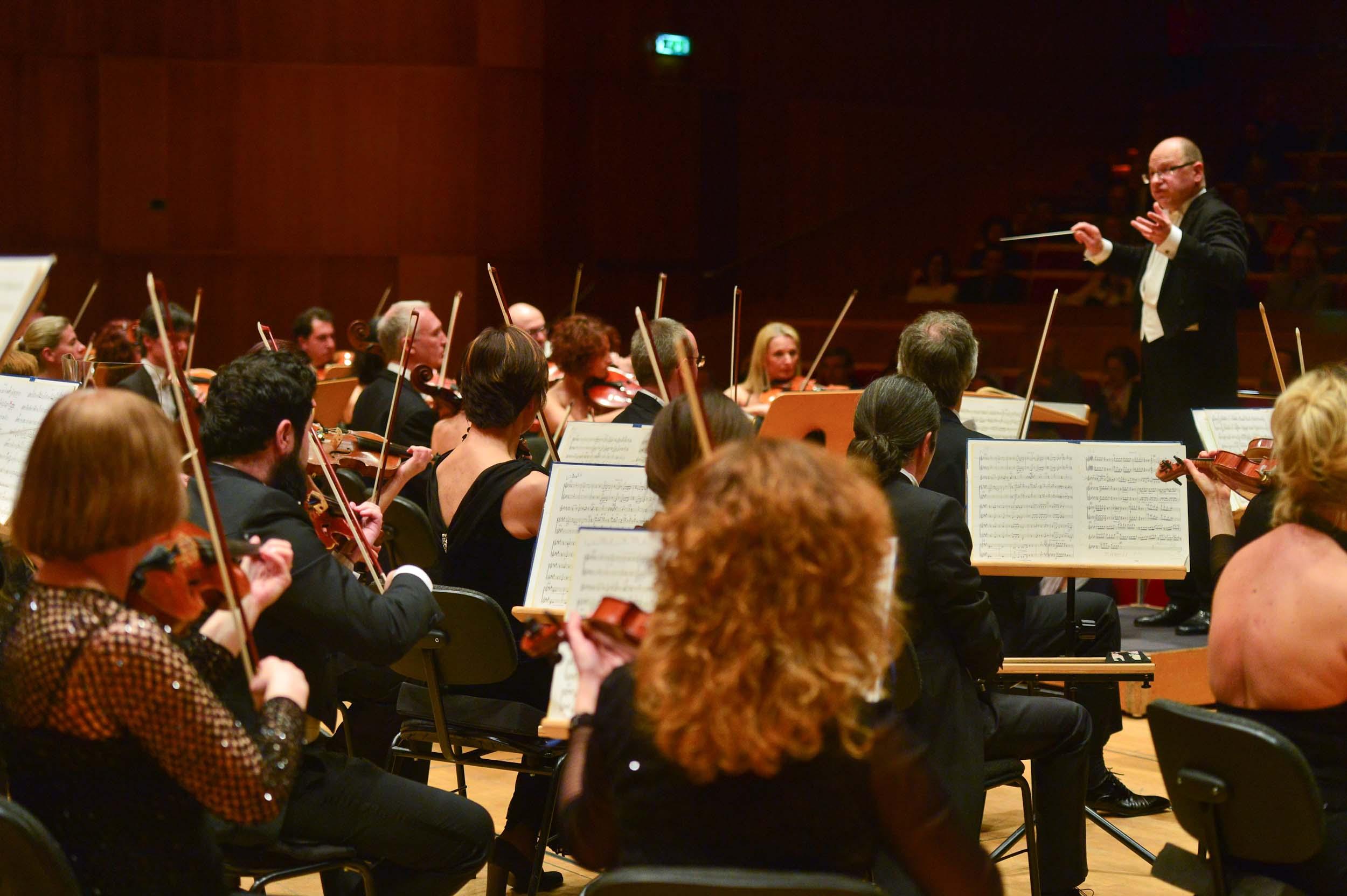 Orchestra Haydn Orchester Arvo Volmer 02