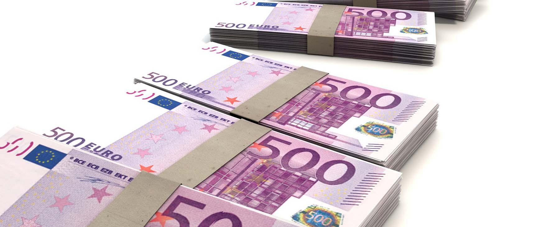 euro soldi mazzette biglietti 500