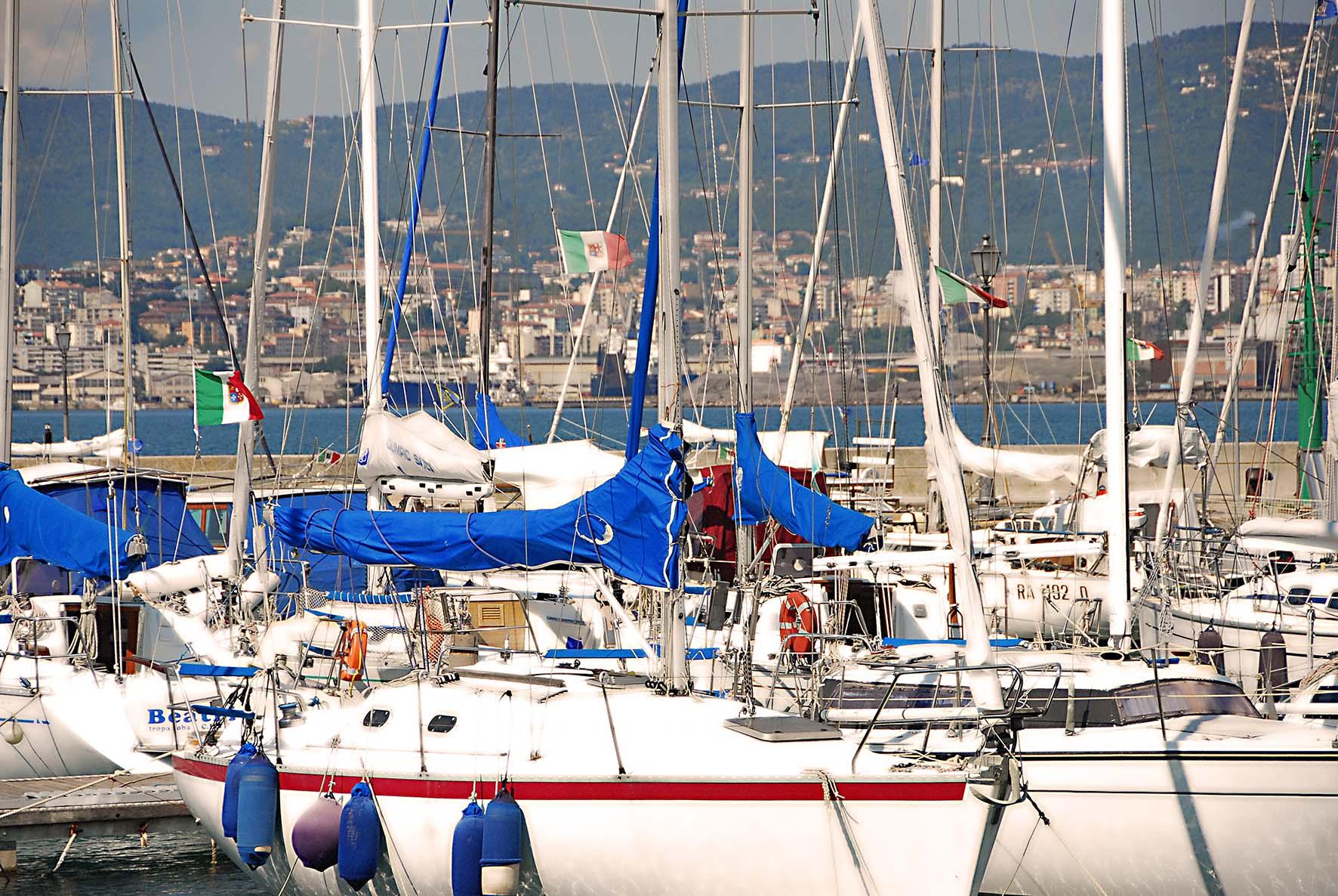 Muggia porto san rocco barca yacht