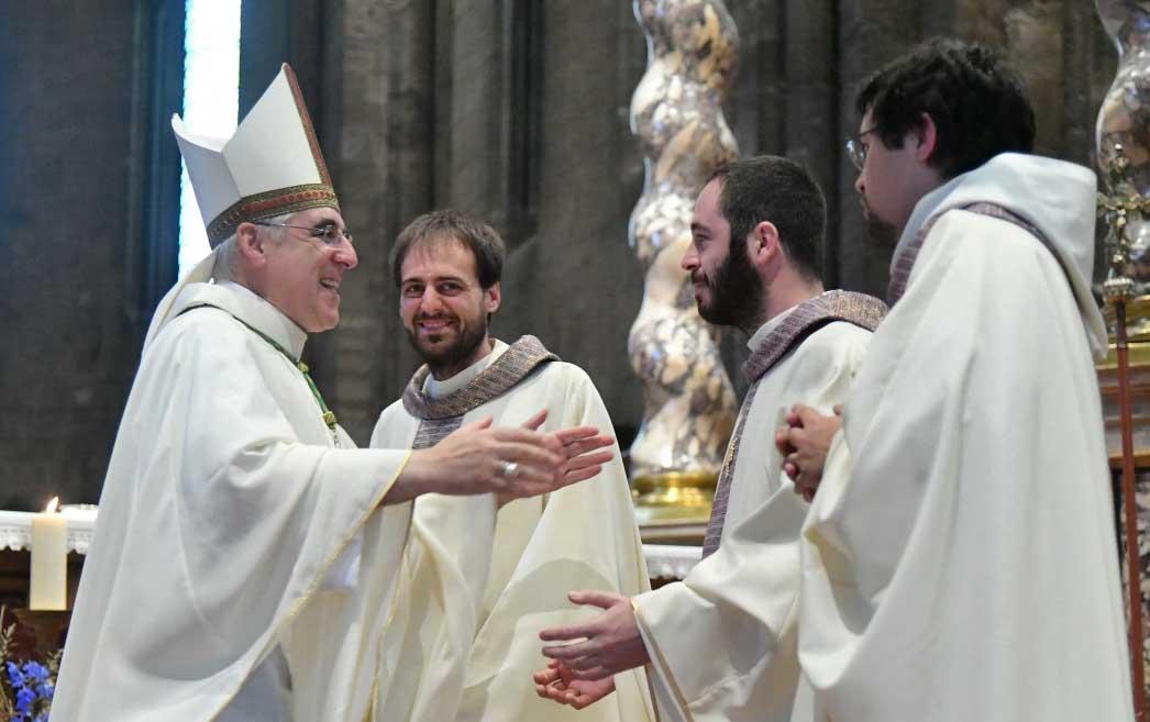 Curia trento ordinazione 3 nuovi preti con arcivescovo tisi