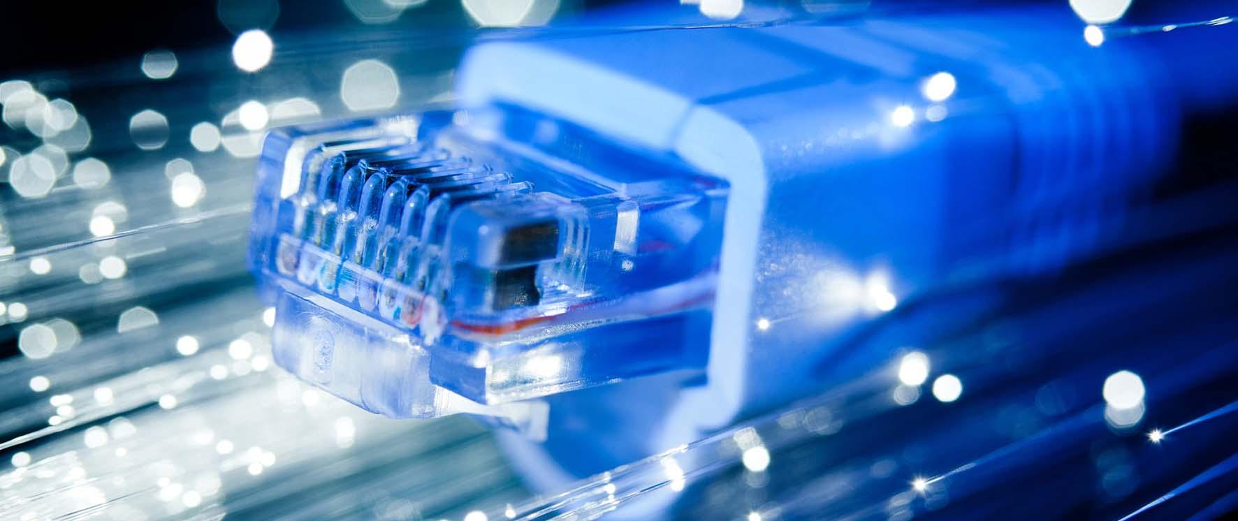 internet banda ultra larga cavo fibra ottica