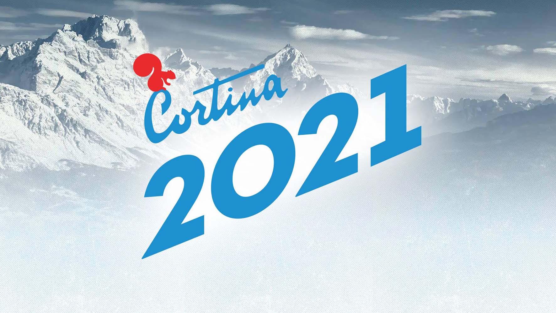 cortina 2021 logo su sfondo montagna