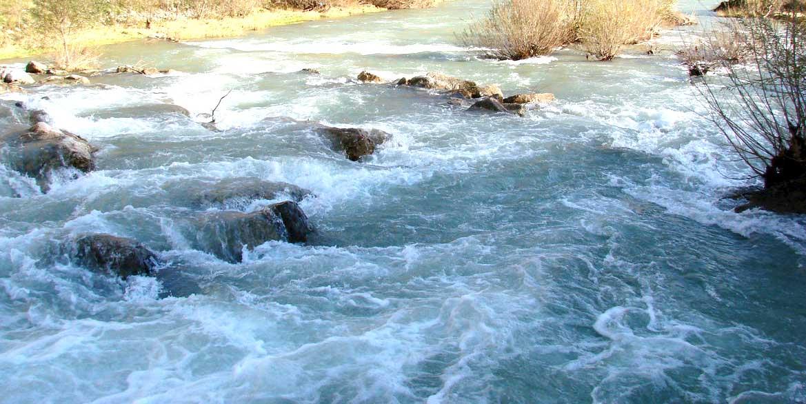 Noce acque torrente
