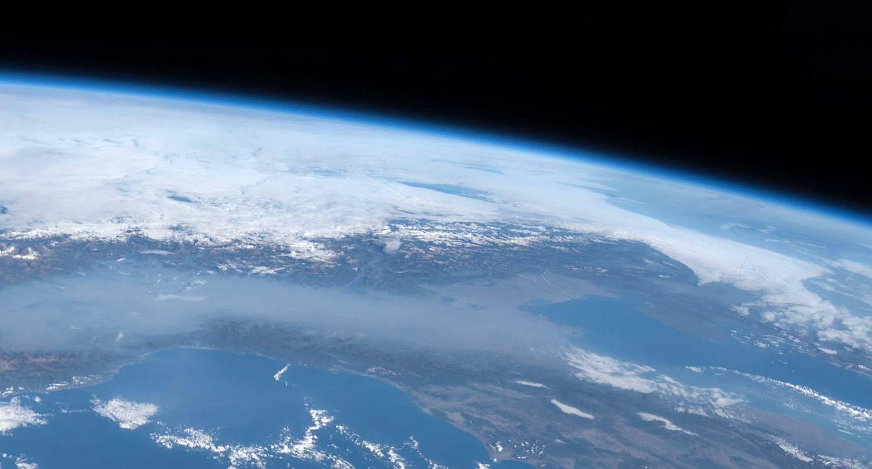 italia dal satellite smog pianura padana 3