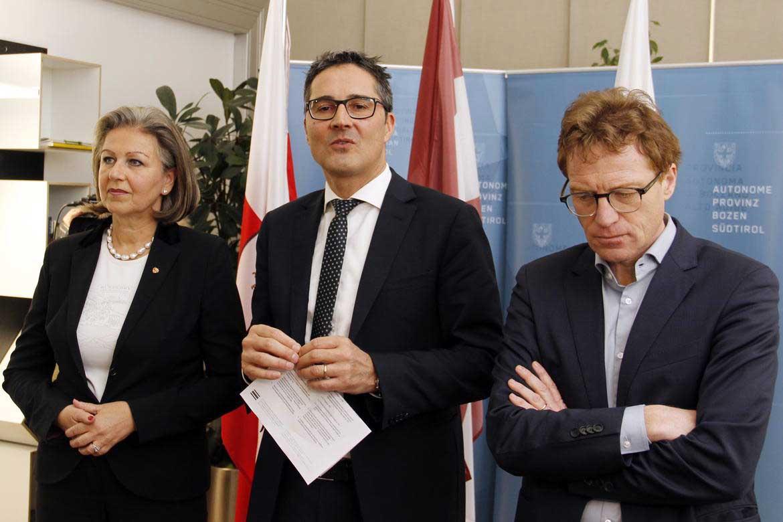Arno Kompatscher Patrizia Zoller Frischauf ass economia tirolo e Alessandro Olivi