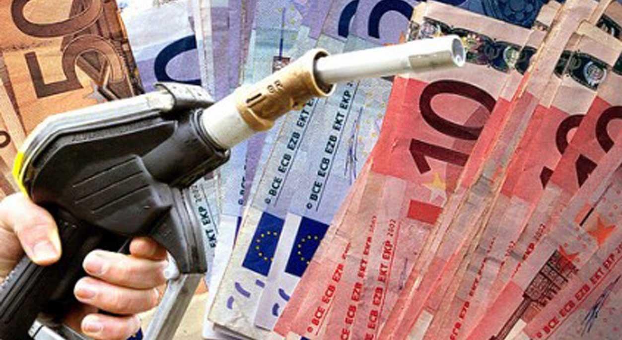 decreto clima caro carburanti accise pistola portafoglio soldi 2