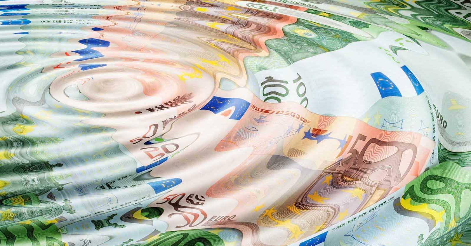 debiti della pubblica amministrazione euro soldi tempo ritardi pagamenti goccia acqua