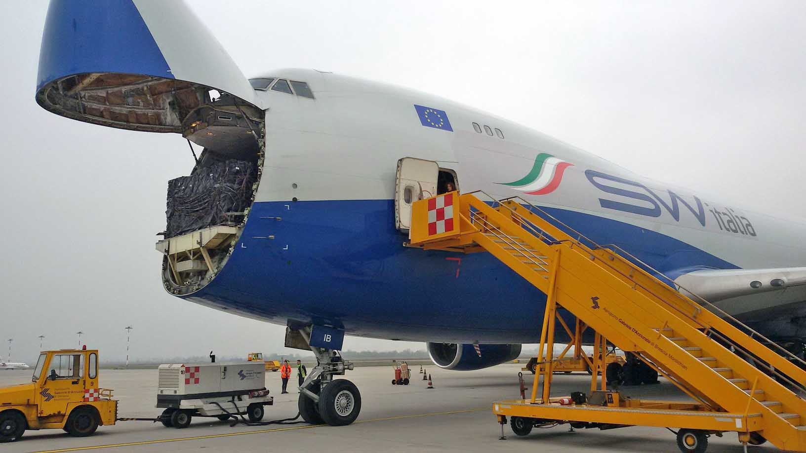 Aeroporto montichiari brescia aero cargo Silk Way Italia merci Alibaba 2