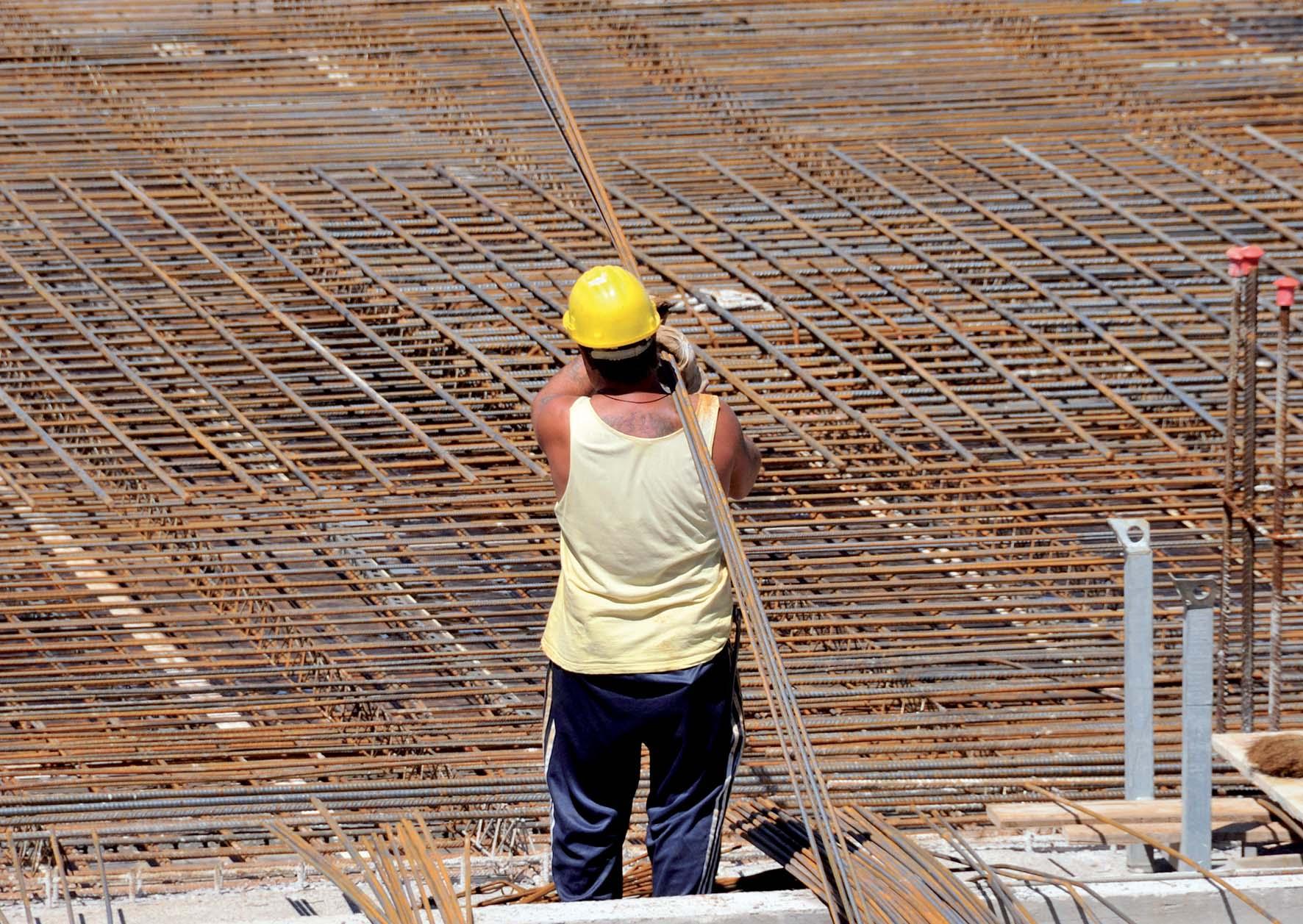 costruzioni cantiere edile università 7 preparazione armature cemento