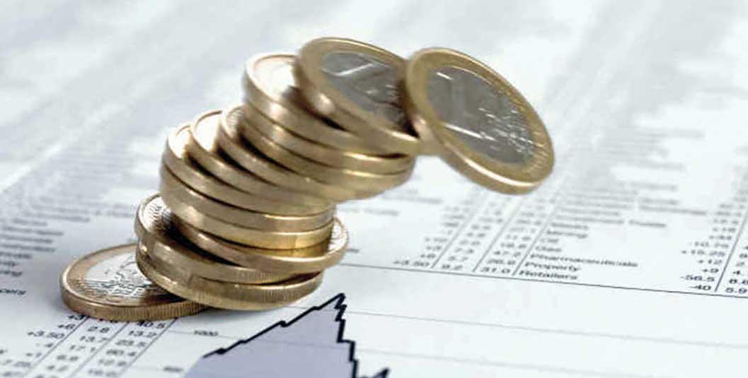 pil italia Euro pila monete crolla indice in calo