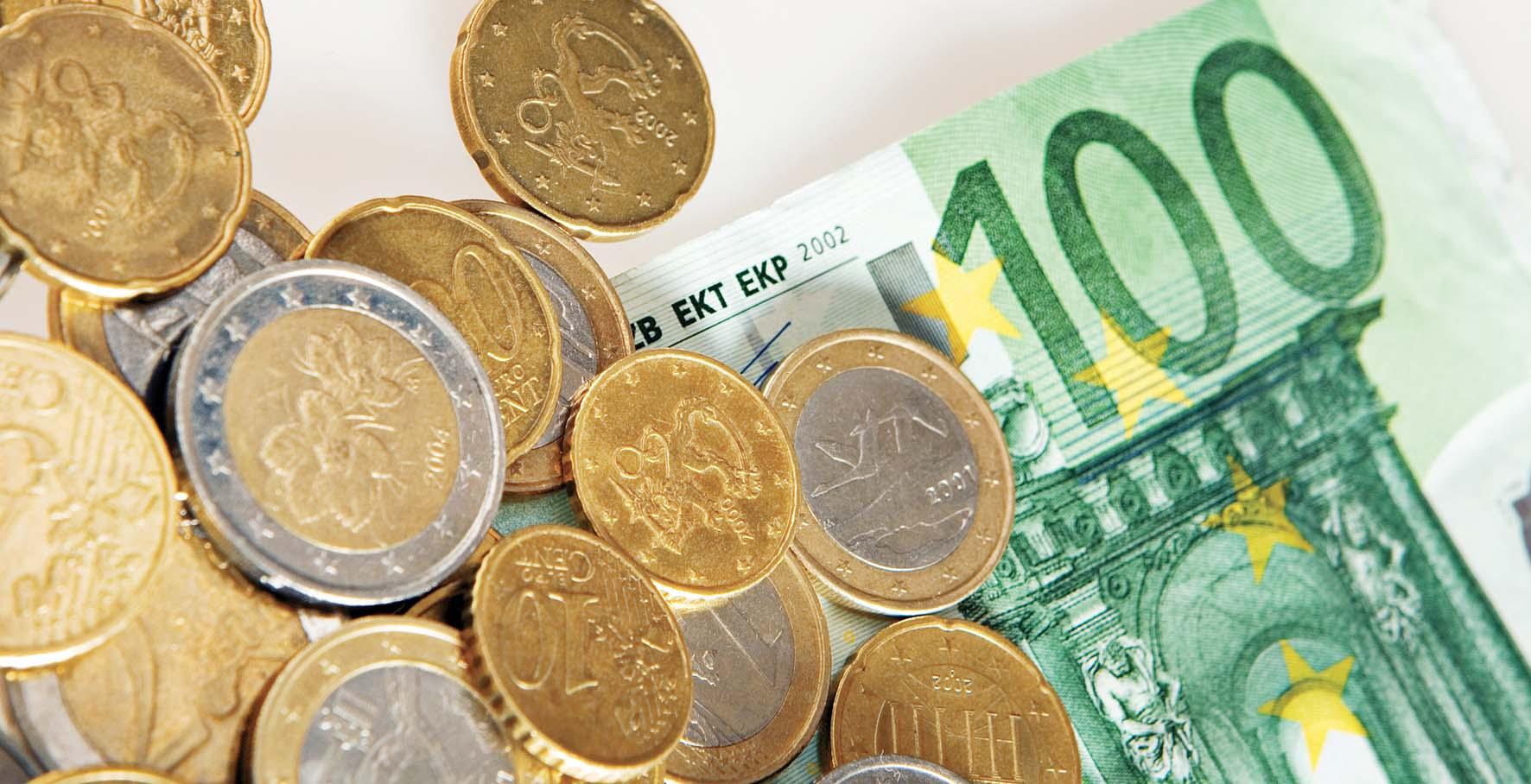 euro moneta biglietto soldi