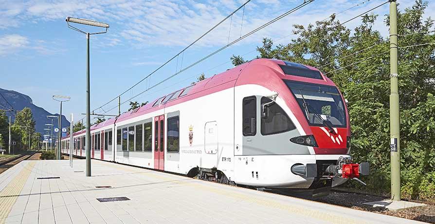 FLIRT nuovo treno Pat Pab stazione Ora