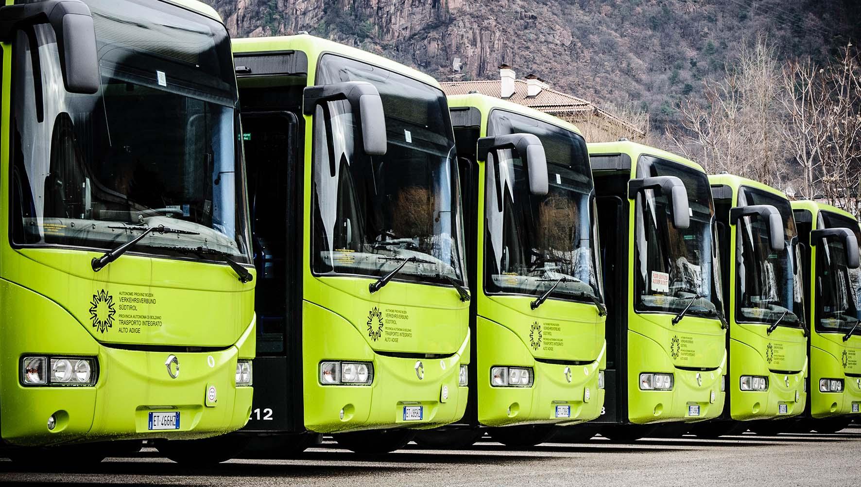 mezzi pubblici Sad nuova flotta autobus extraurbano alto adige